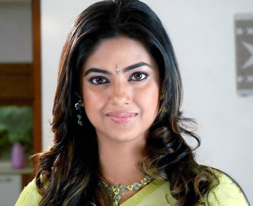 actress meera chopra spicy pics 9 Nila says that acting is her part time job