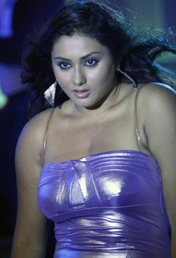 actress namitha glamour photos 16 Actress namitha terror photo   very hot gallery