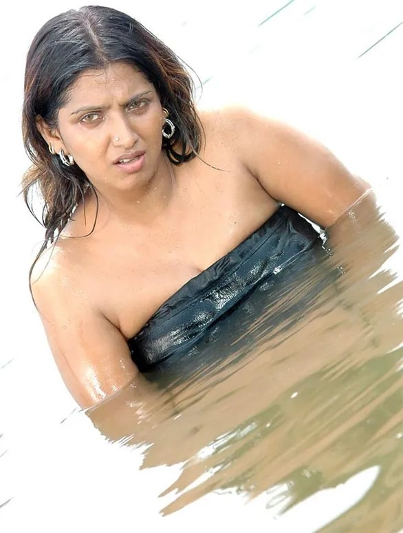 hot sexy actress bhuvaneswari spicy masala photos 22 Bhuvaneswari