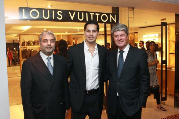 bollywood stars louis vuitton store opening stills pictures 11 Louis Vuitton Store Opening Photos