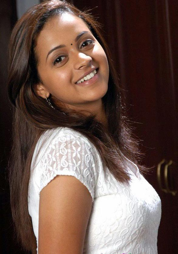 tamil telugu malayalam actress bhavana hot spicy stills 18 Actress Bhavana photo gallery