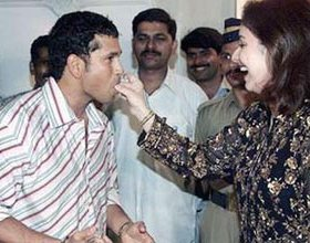 Sachin Tendulkar Family Photos11 Sachin Tendulkar Rare Picture & Videos