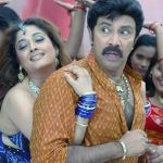 Sathyaraj's embodiment of Karnan in 'Gowravargal'