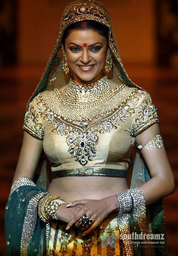 Indiafashion Week Sushmita Sen Actress Sushmita Sen is a die hard romantic!
