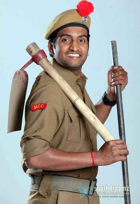 santhanam wallpaper06 Santhanam adds value to Settai