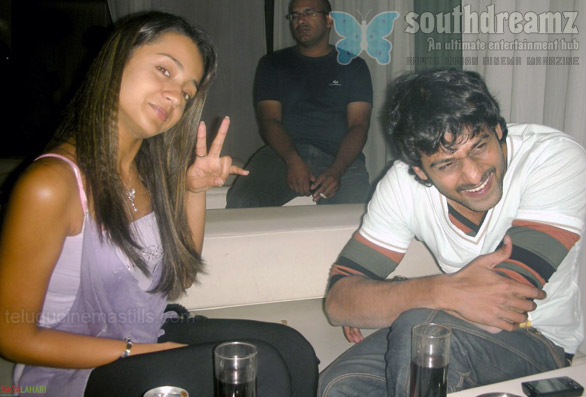 trisha sanjana bujji gadu06 Trisha & Prabhas in late night parties