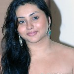 Namitha lashes out at Sona
