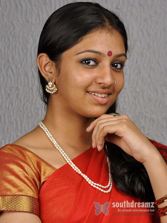 tamil actress Lakshmi Menon 3 Teenager Lakshmi Menon debuts with Jr.Prabhu in Kumki