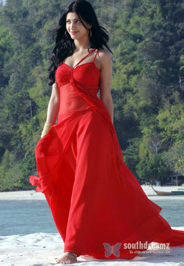 7am arivu shruti hassan glamour photos 7am Arivu   a movie to be treasured, not to be complained