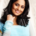 Shalini Ajith tries her hand at swimming