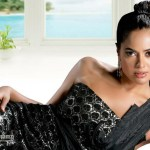 Sameera Reddy goes to Sandalwood
