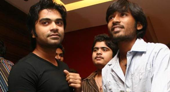 Dhanush vs Simbu 586x319 Dhanush & Simbu: Foes to Friends!