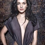Amy Jackson mocks at reports about her causing trouble for Shankar's I