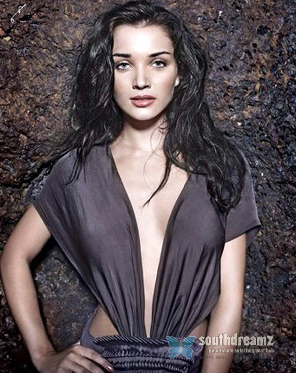 amy jackson maxim photoshoot 5 Amy Jackson pips Samantha out of Vikram   Shankar movie?