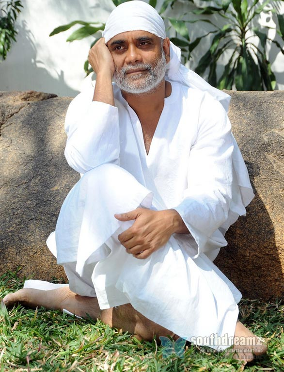nagarjuna in shirdi sai get up stills stills01 Nagarjuna as Shirdi Sai