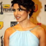 Priyanka-Chopra-Filmfare-Awards-2012-Red-Carpet-2