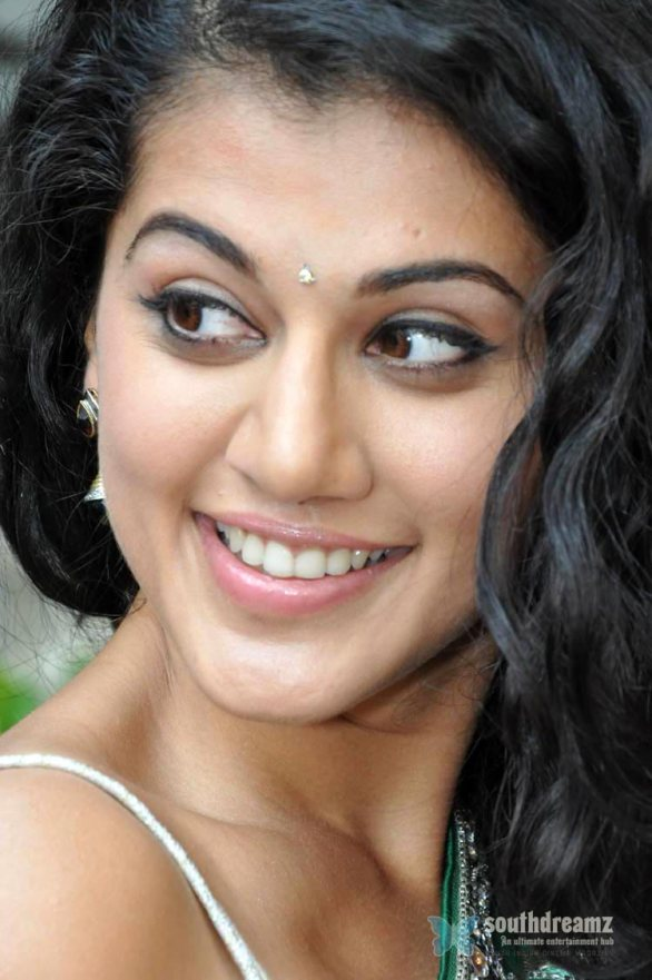 Tapsee 2 586x881 Tapsee admits crush on Young Hero