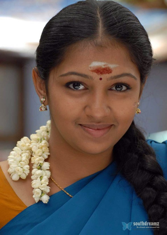cute lakshmi menon 586x826 Kuttipuli movie preview