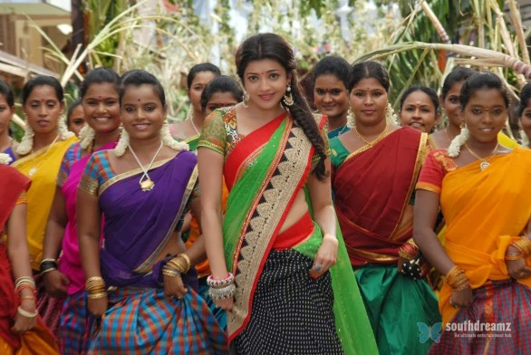 all in all azhagu raja new movie stills 24 586x392 All in All Azhagu Raja Review