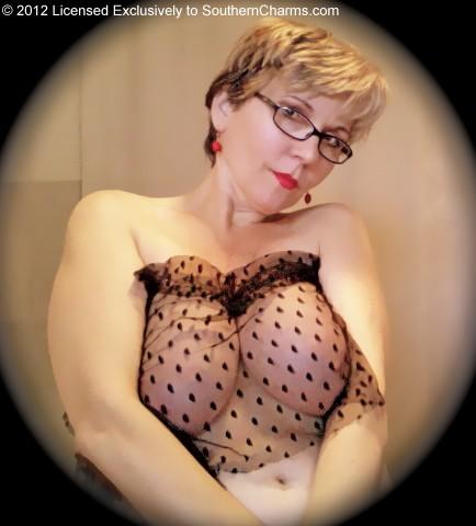 petra daniels topless
