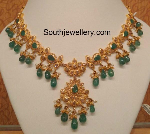 uncut_diamond_emeralds_necklace