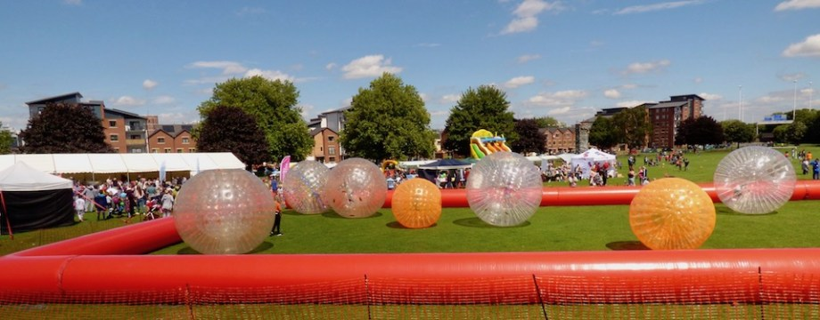 Slideshow: Crowds enjoy Holbeck Gala 2017