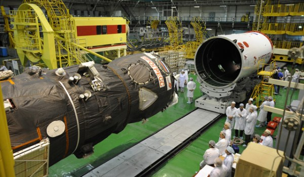The Progress 44 spacecraft being assembled (Source: RSC Energia).
