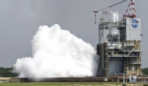 The 40-second test of the J-2X rocket engine on Sept. 28, 2011 (Credit: NASA/SSC) .