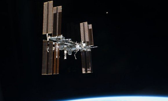 The International Space Station (Credits: NASA).