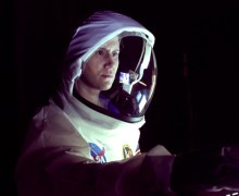 Erin Treadway as astronaut Molly Jennis in Spaceman (Credits: Spaceman/Incubator Arts).