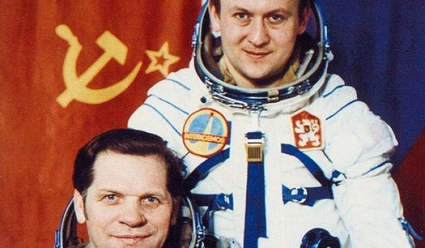 Also the first non-American, non-Soviet in space turned to politics. Czechoslovak Vladimir Remek (on the right) currently serves his second term in the European Parliament (Credits: Roscosmos).
