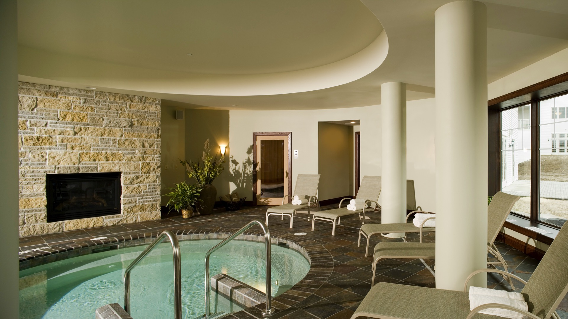 Whirlpool, Aspira Spa at The Osthoff Resort, Spas of America