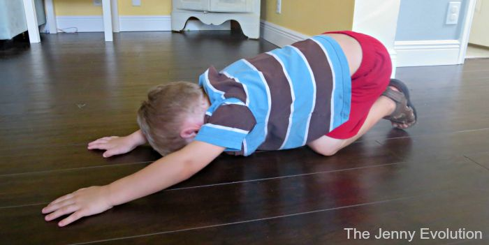 6 awesome yoga poses for children with special needs! Using yoga with kids with autism to help them calm down, self-regulate their emotions and learn. | speciallearninghouse.com