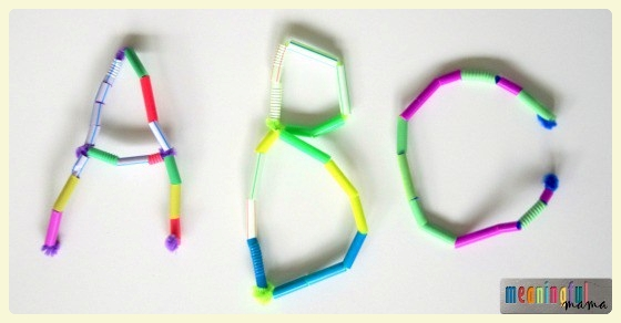 Straws & pipe cleaners letters (& words!). Featured by Special Learning House. www.speciallearninghouse.com.