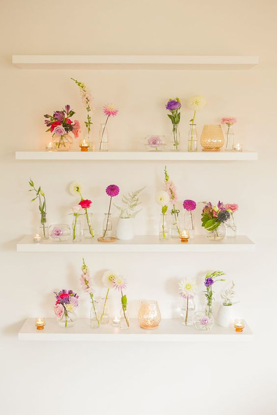 displaying cut flowers