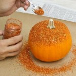 Glitter pumpkins Featured by Special Learning House. www.speciallearninghouse.com.