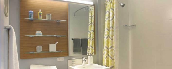 Linc-bathroom2