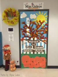 Fall Themed Speech Room Door - Speech Room Style