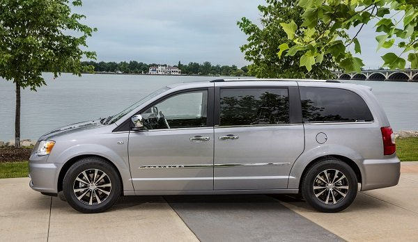 2014 Chrysler Town & Country 30th Anniversary Edition