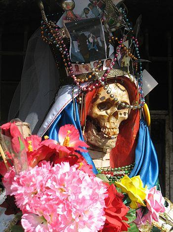 English: Close-up view of a Santa Muerte south...