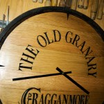 Cragganmore_whisky_barrel_top_hand_carved_clock_2