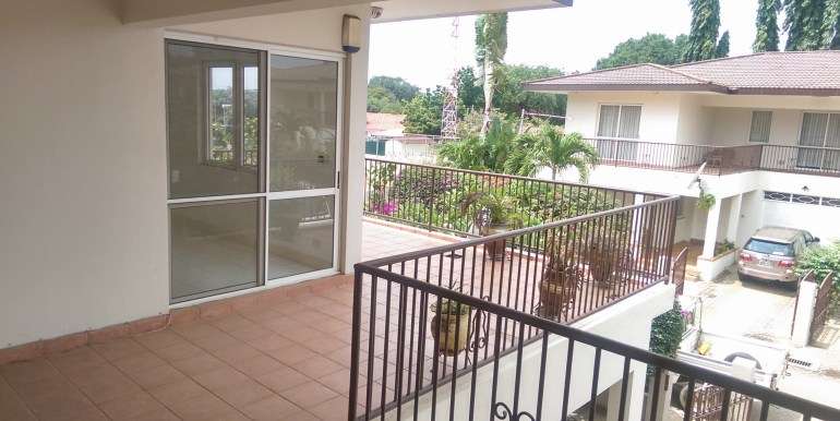 house_home_villa_to_let_cantonments_accra_ghana_taysec_gated_community_gardens_swimming_pool_tennis_court_gym_servised_manager_sphynx_leon_auguste_ (8)