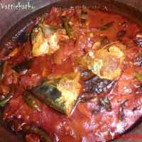 Ayala Vattichathu (Mackerel curry)