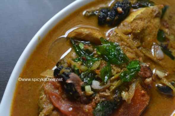 fish-curry-with-roasted-coconut
