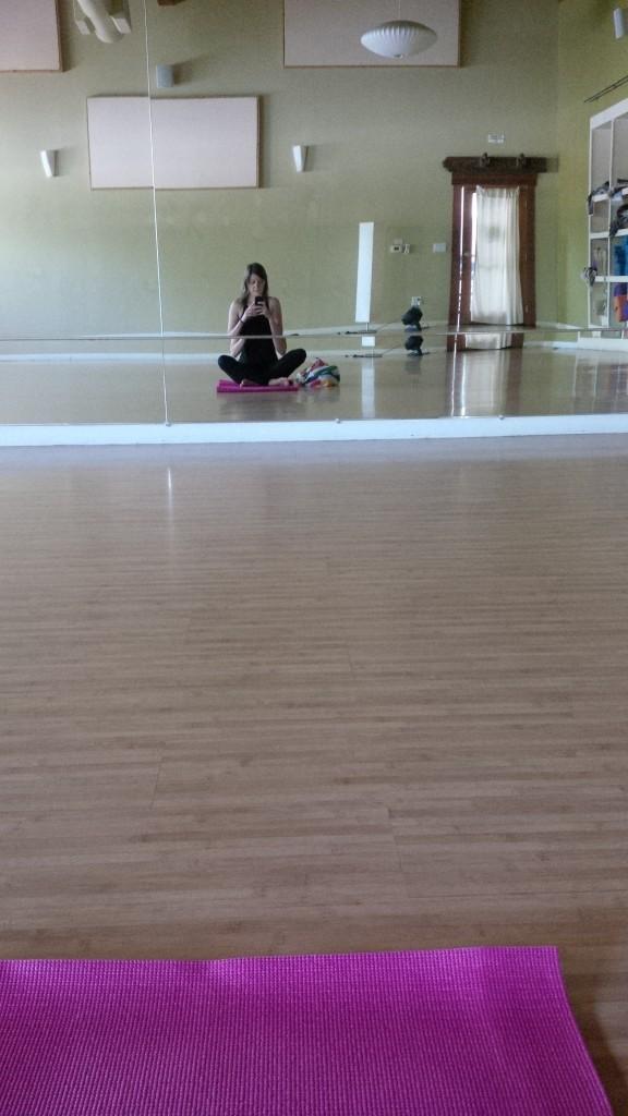 yoga selfie