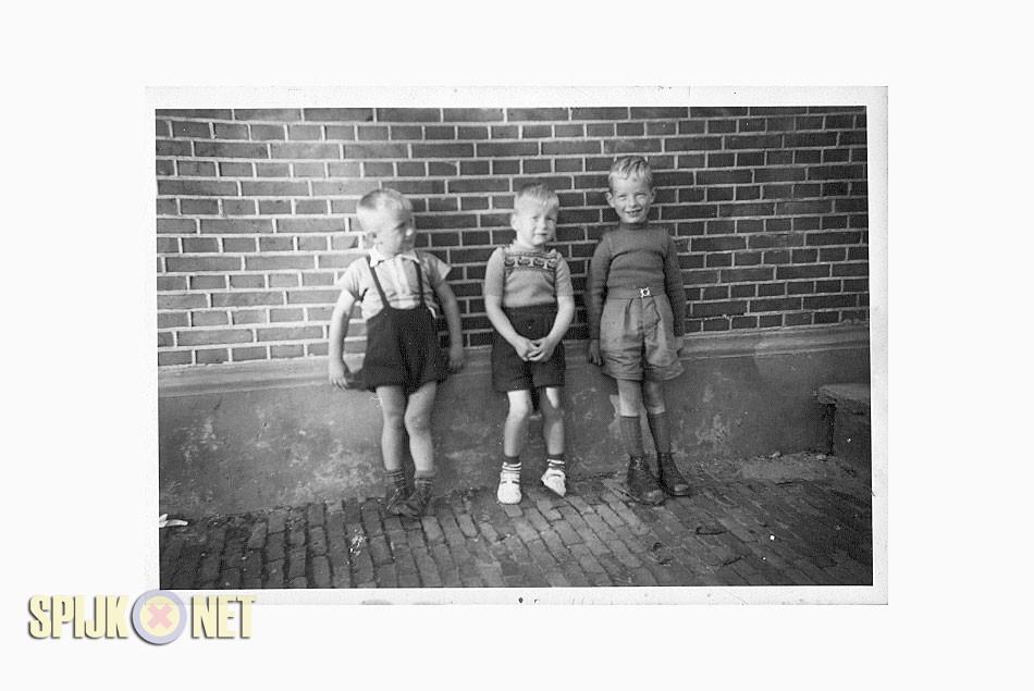 Schoolfoto uit de jaren vijftig