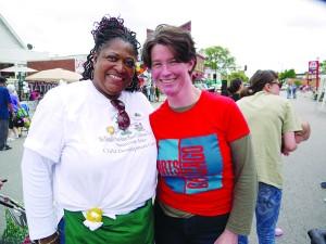 Elizabeth Glidden (r) and Evette McDonald-McCarthy (from Sunshine Tree Child Development) at Arts on Chicago Photo courtesy of the Office of Elizabeth Glidden