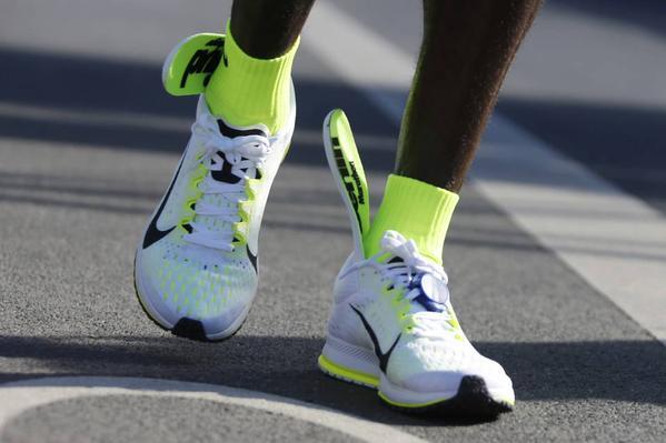 Eliud Kipchoge Remporte Le Marathon De Berlin Malgre Des