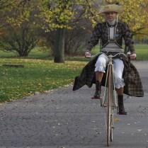 4.11.2017 Praha / sport/ velocipedisti/tradiční závod - exhibice Pražská míle. Je to akce jezdců na vysokých kolech sdružených v Českém klubu velocipedistů. FOTO CPA