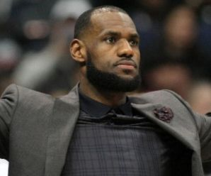 """LeBron James the GM? Says his """"favorite player all-time"""" will continue to have roster spot"""